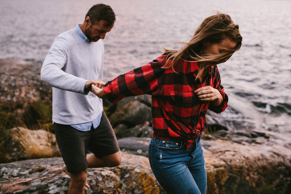 161-rainy-georgian-bay-engagement-session.jpg
