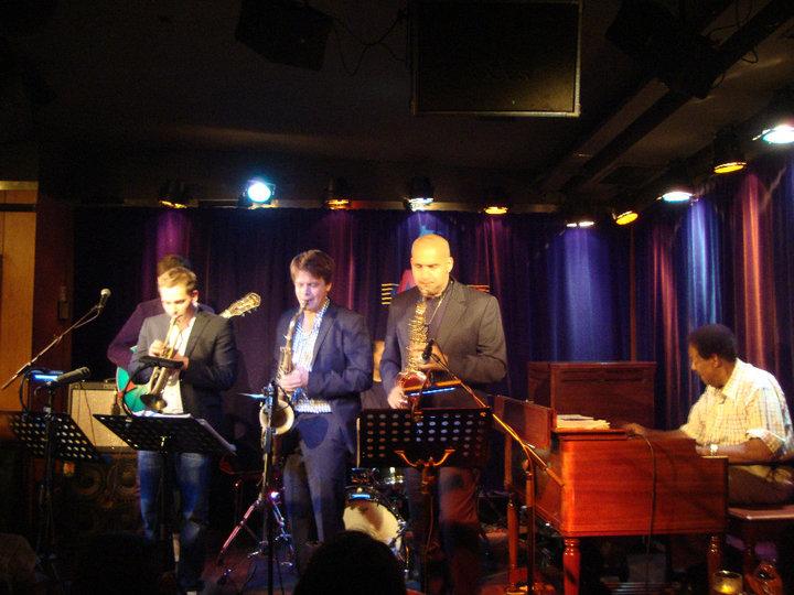 mit Seleno Clark/Torsten Goods Band im A-Trane, Berlin 2010