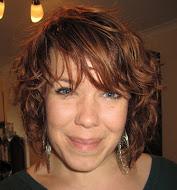 Melissa headshot.jpg