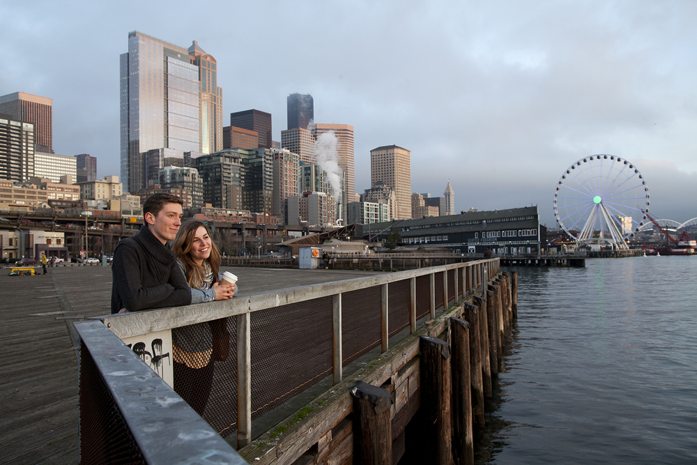 Burggraaf_Charity-Seattle_Travel_Photographer-Waterfront_Ferris_Wheel.jpg