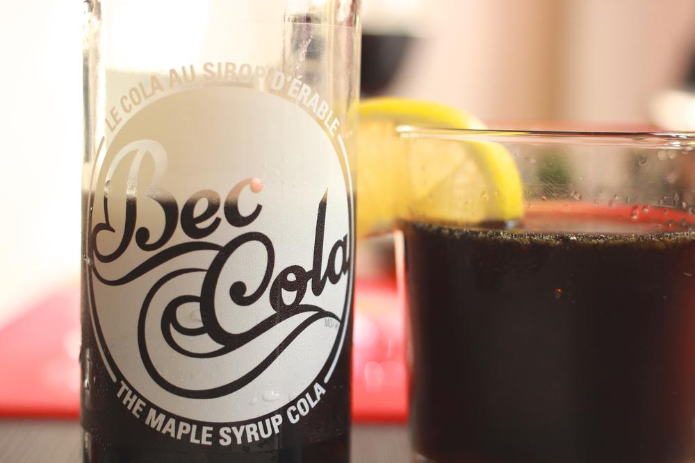 Bec Cola québécois