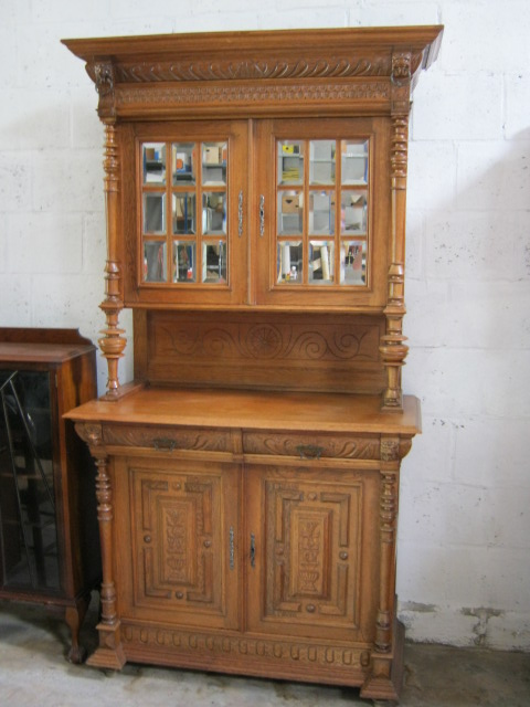 Mechelen buffet with original bevelled glass.