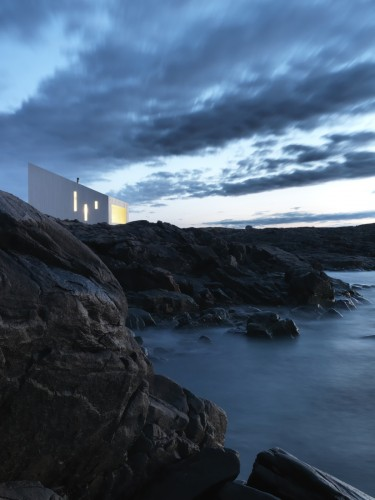 Note to self: Make it to Fogo Island. (via  Squish Studio / Saunders Architecture | ArchDaily )