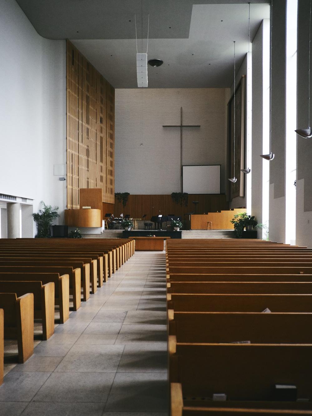 First Christian Church, designed byEliel Saarinen.
