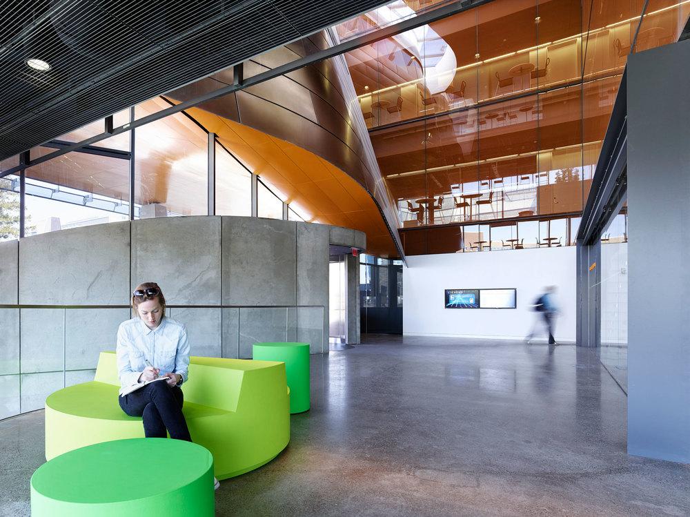 Morphosis Architects:Gates Hall, Lobby — © Matthew Carbone 2014
