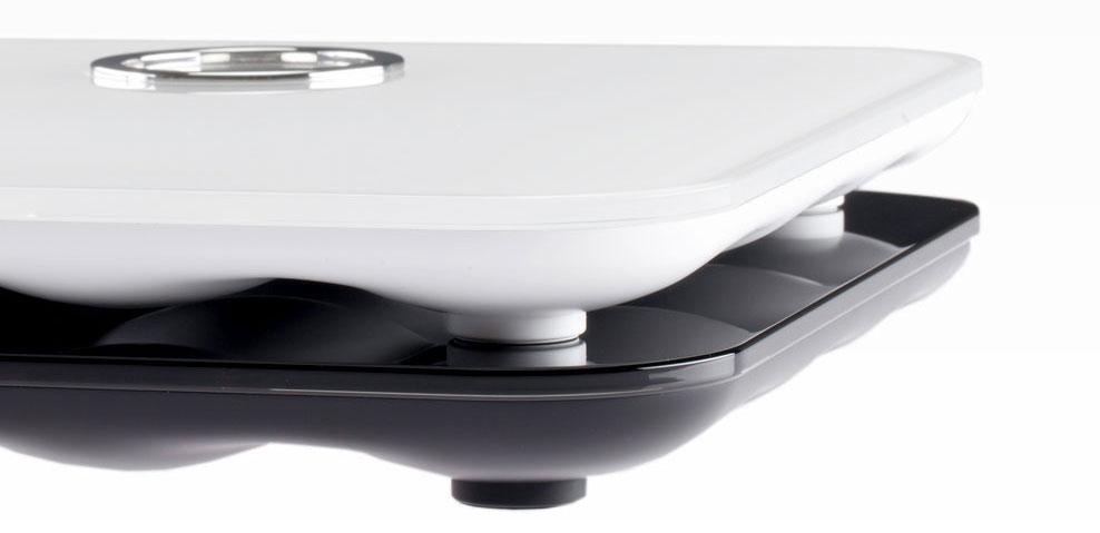 fitbit-aria-black-white.jpg