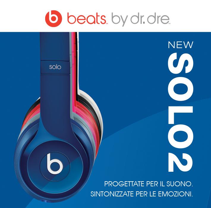 Versione rinnovata del modello Beats Solo. Design rinnovato a migliorata ergonomia. Audio potente e pulito. ControlTalk per controllo di riproduzione su cavo per iPod/iPhone e chiamate con tecnologia hands-free. Custodia da viaggio inclusa.