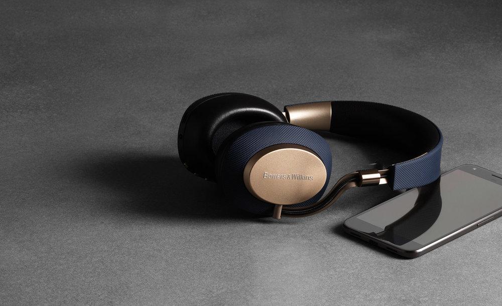 5-1-px-wireless-headphones-play-for-longer.jpg