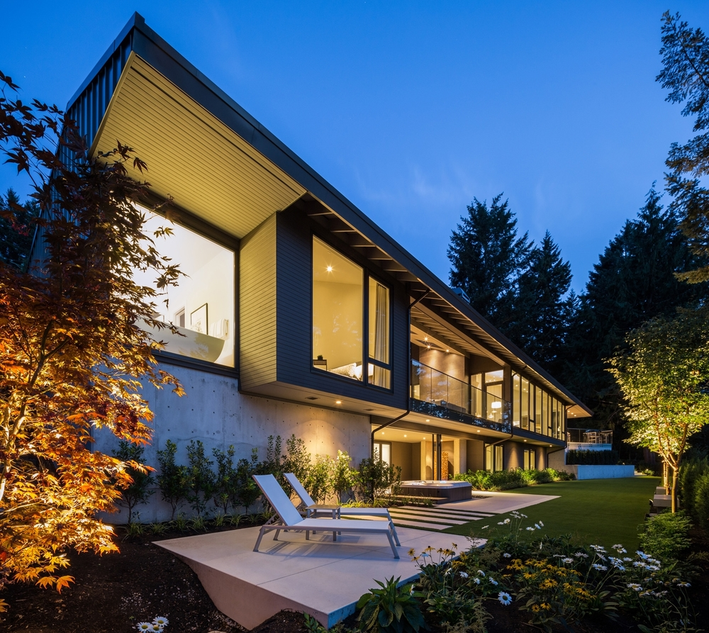 West Coast Architecture Modern House