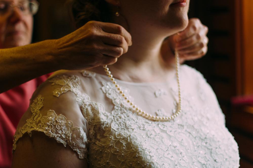 Alex Abby Seattle Ballard Wedding Photography ARBR Pictures-getting ready-28.jpg