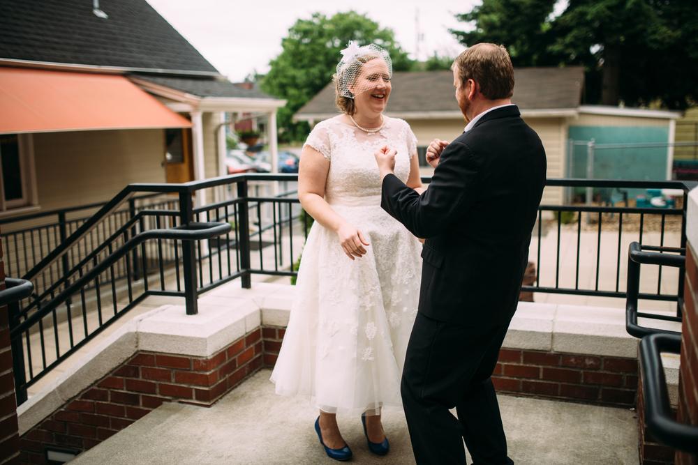Alex Abby Seattle Ballard Wedding Photography ARBR Pictures-146.jpg