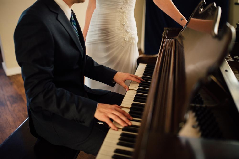 Andrew Erica #eshootsa ARBR Pictures Fremont Abbey Wedding - Portraits-184.jpg