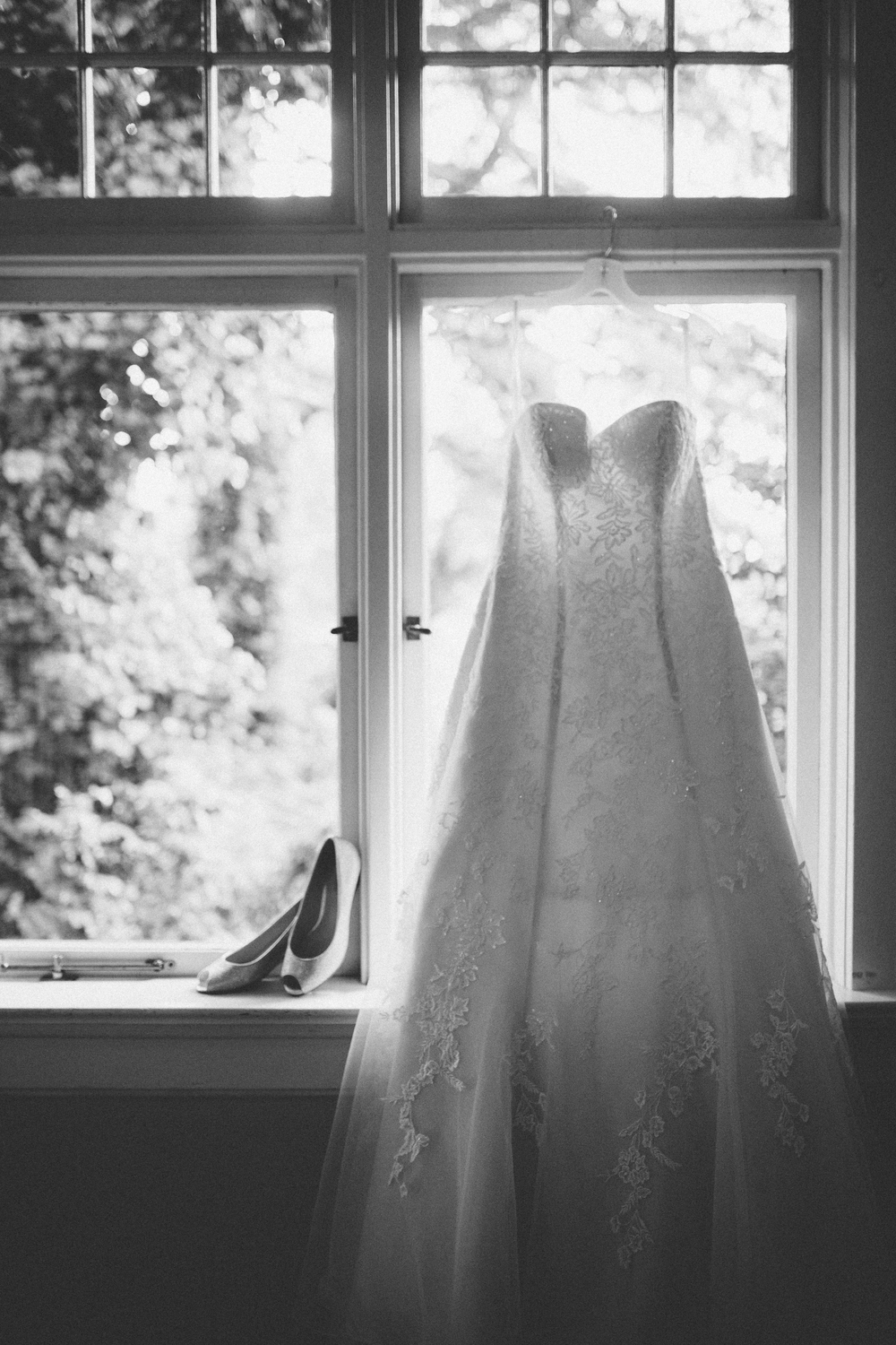 Dustin + Heather | Getting Ready | ARBR Pictures-39.jpg