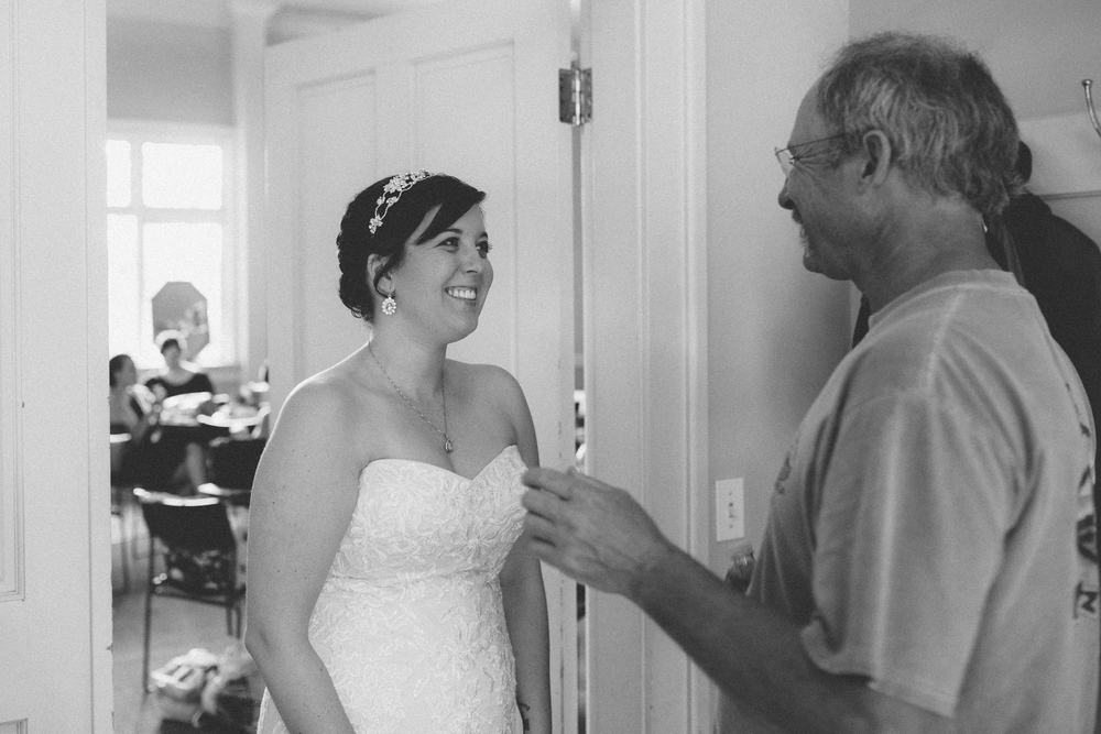 Dustin + Heather | Getting Ready | ARBR Pictures-71.jpg