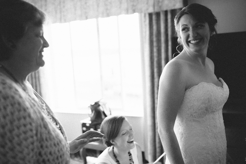 dave + natalee | kitsap memorial state park | poulsbo | getting ready | arbr pictures -71.jpg