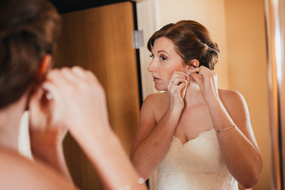 dave + natalee | kitsap memorial state park | poulsbo | getting ready | arbr pictures -72.jpg