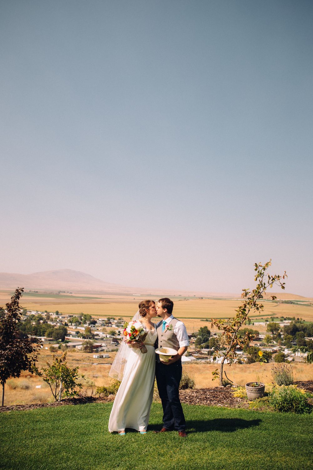 Randy + Laura - Portraits - Eastern Washington Wedding - ARBR Pictures-23.jpg