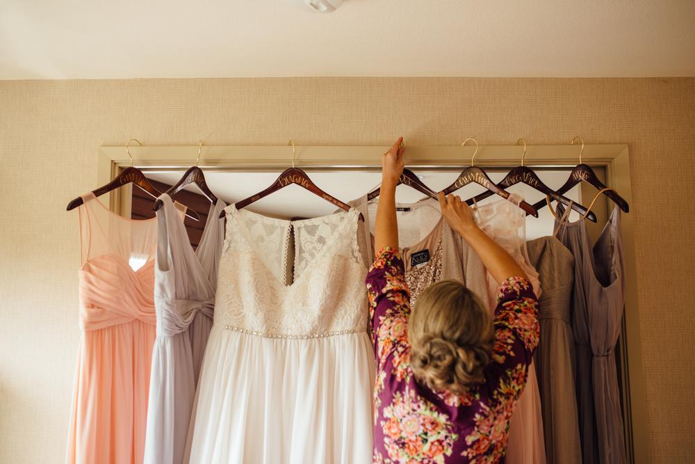 Schwertley - Dairyland Wedding - Getting Ready - ARBR Pictures-136-2.jpg