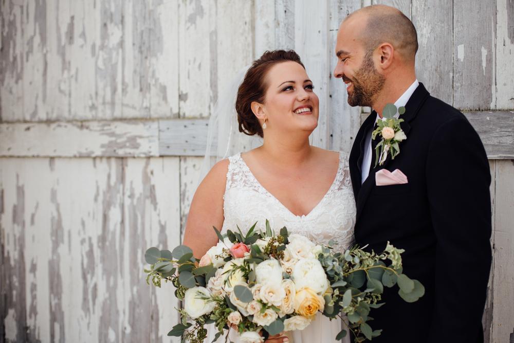 Schwertley - Dairyland Wedding - Portraits - ARBR Pictures-10-2.jpg