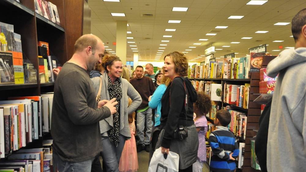 BN Book signing_lisBook_April18_0299.JPG