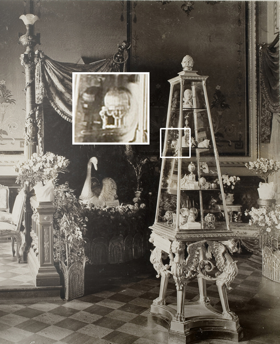 The Third Imperial Fabergé Easter Egg displayed among Marie Feodorovna's Fabergé treasures in the Von Dervis Mansion Exhibition, St. Petersburg, March 1902.