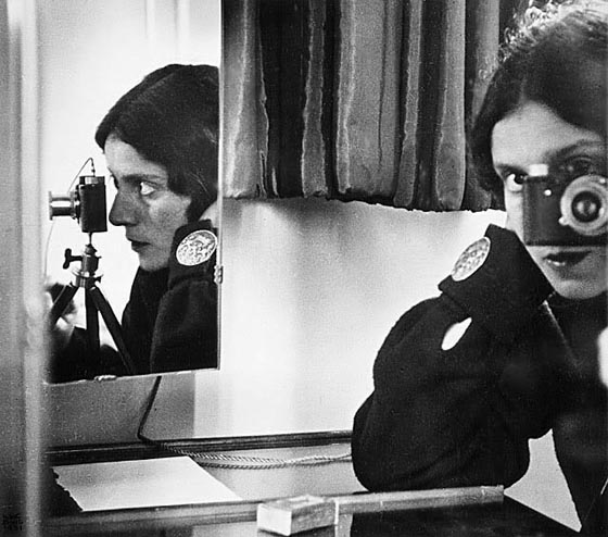 Ilse Bing, Self-Portrait in Mirrors, 1931