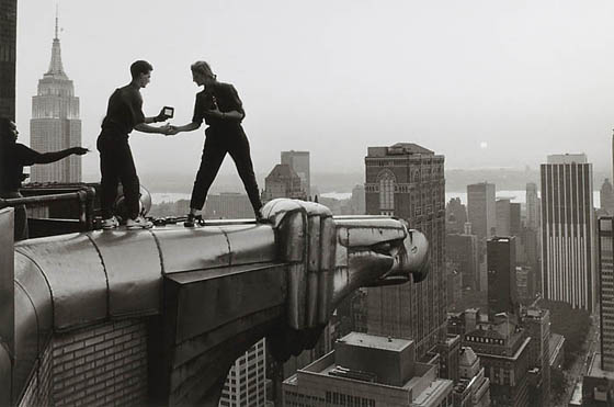 Annie Liebovitz, working a top the Chrysler Building, 2005
