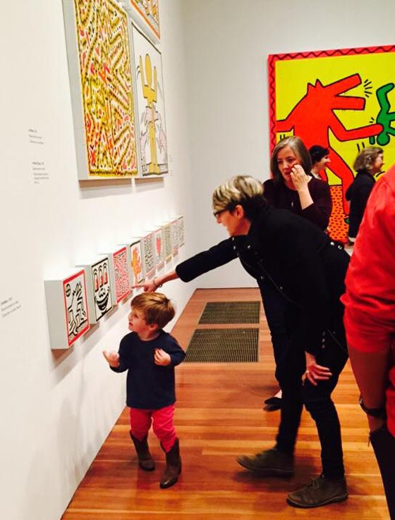 A young fan at the de Young. Photo by Julia Gruen