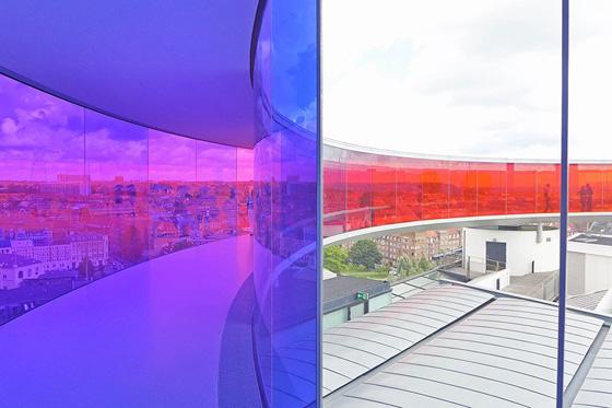 item7.rendition.slideshowHorizontal.olafur-eliasson-your-rainbow-08-roof.jpg