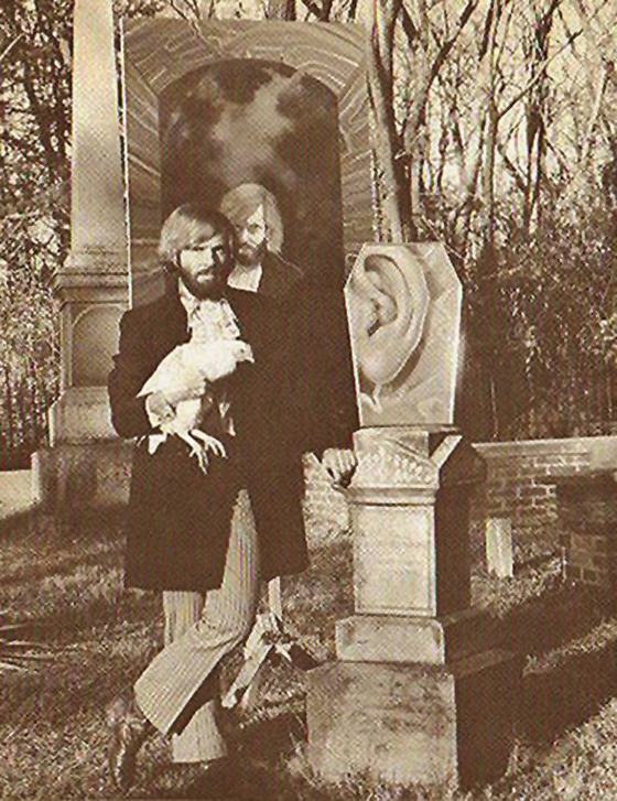 Roller and his pet chicken, Martha Ann in a publicity picture for a 1970 traveling exhibition. William Rockhill Nelson Gallery, Kansas City, Missouri.