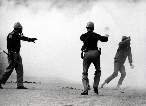 Charles Moore – State Police Fire Teargas At The Marchers And Then Charge Them A Second Time, 1965