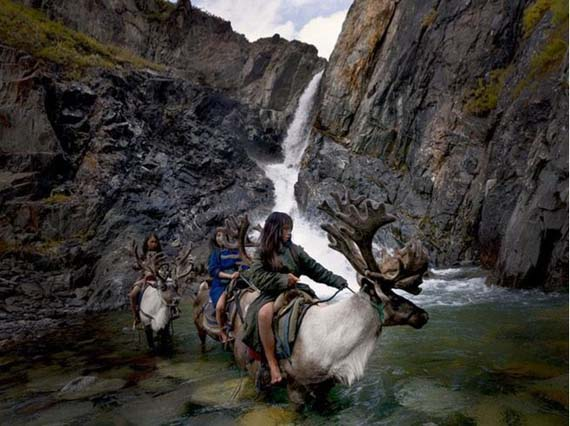 mongolia_reindeer_tribe_1.jpg