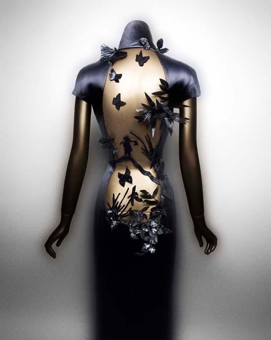 EveningDress-JeanPaulGaultier-Autumn2001.nocrop.w1800.h1330.2x.jpg
