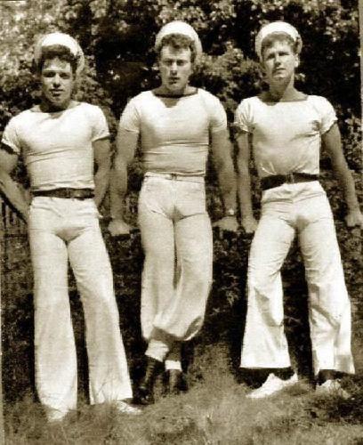 vintage_gay_sailors.jpg