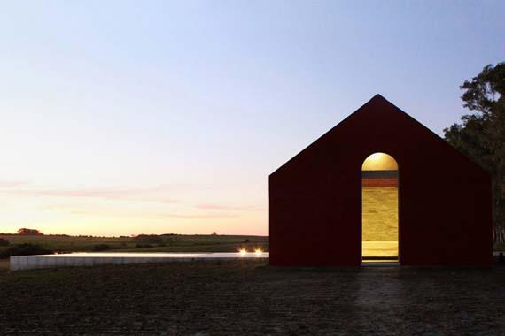 nicolas-pinto-da-mota-pool-house-la-lunera-uruguay-designboom-09.jpg