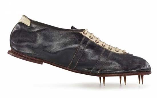 Gebrüder Dassler Schuhfabrik. Modell Waitzer, 1936. Adidas AG