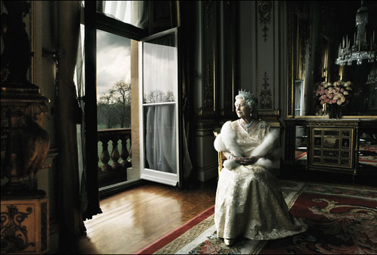 Queen Elizabeth by Annie Leibovitz, 2008