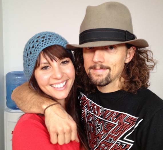Hitched Jason Mraz Marries Longtime Girlfriend