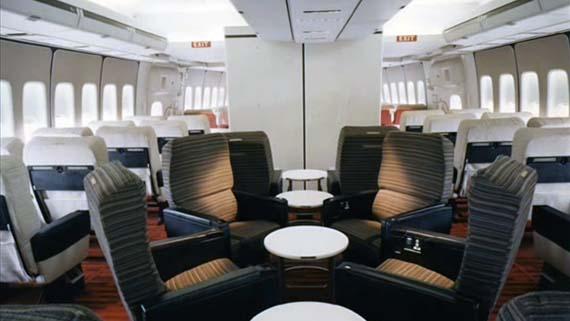 Inside-the-Boeing-747-of-1970.jpg