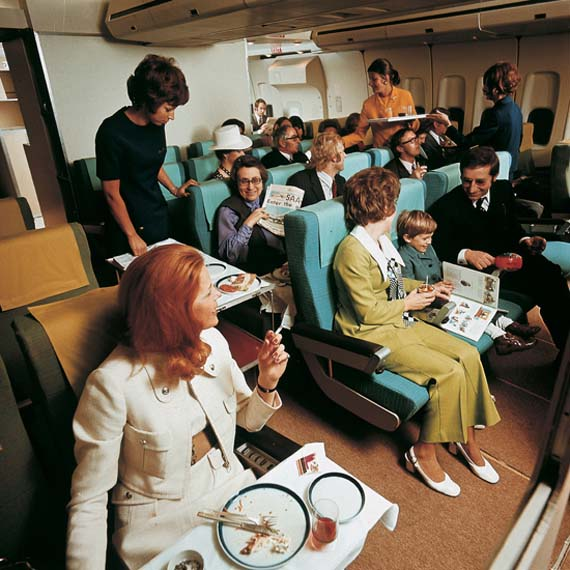 Smoking-Cigarettes-on-the-Plane.jpg
