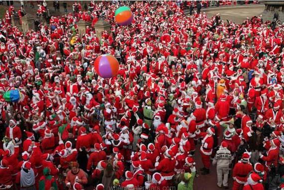 Santa-Claus-New-York-SantaCon-2015.jpg