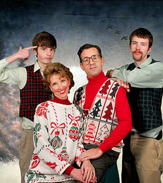 635524389067524531-1472784650_funny christma family photos.png