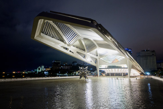 santiago-calatrava-museum-of-tomorrow-museu-do-amanha-rio-de-janeiro-designboom-11.jpg