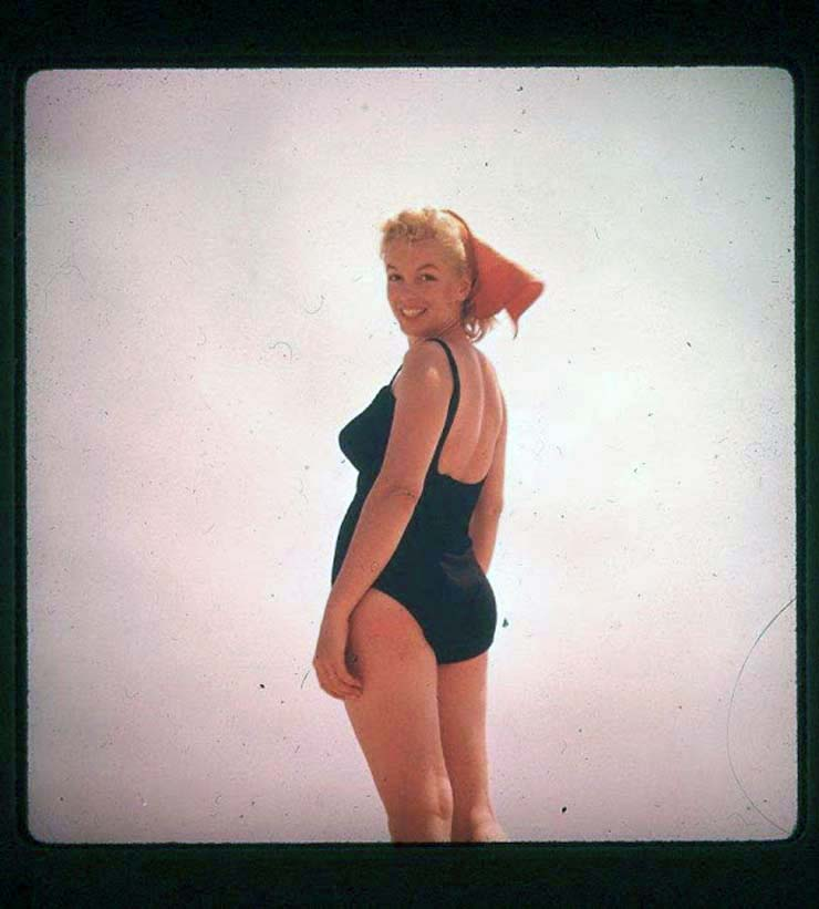 marilyn-monroe-on-vacation-in-amagansett-new-york-1957-5.jpg