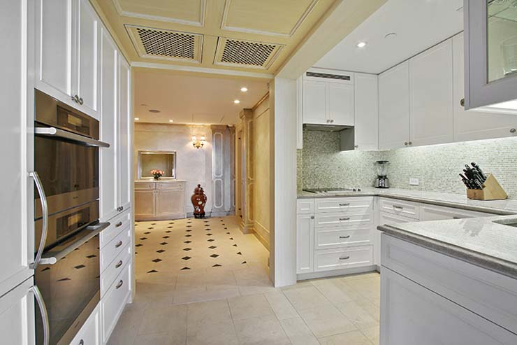 2_160CentralParkSouth_5_Kitchen_HiRes.jpg
