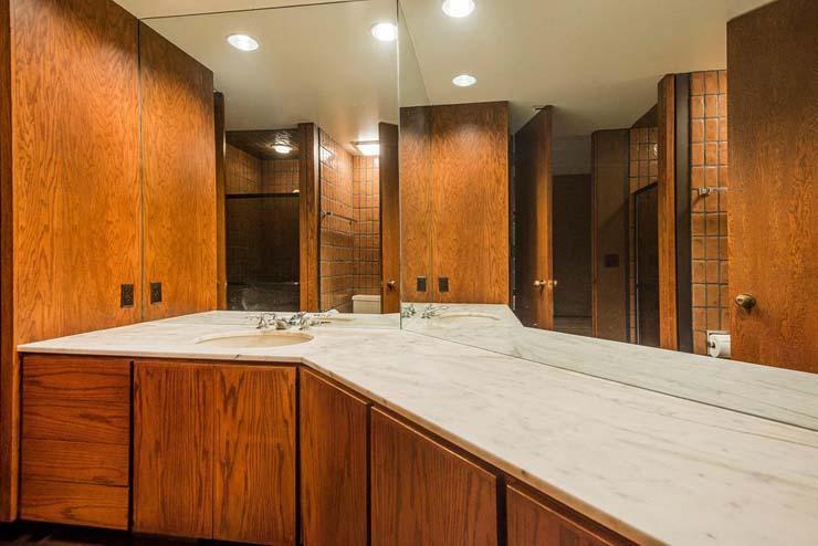4374_S_Zarahemla_Dr_Salt_Lake_large_040_46_Bathroom_1499x1000_72dpi.jpg