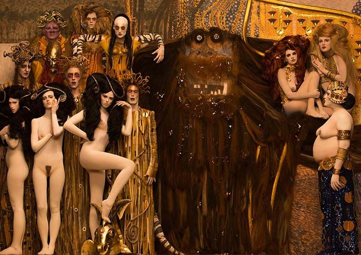 inge-prader-life-ball-gustav-klimt-paintings-designboom-07.jpg