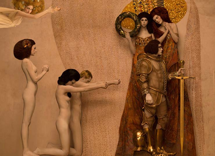 inge-prader-life-ball-gustav-klimt-paintings-designboom-08.jpg