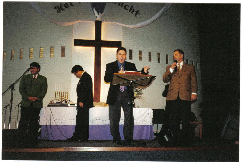 Donny Ministering in Utrecht Holland April 2000.jpg