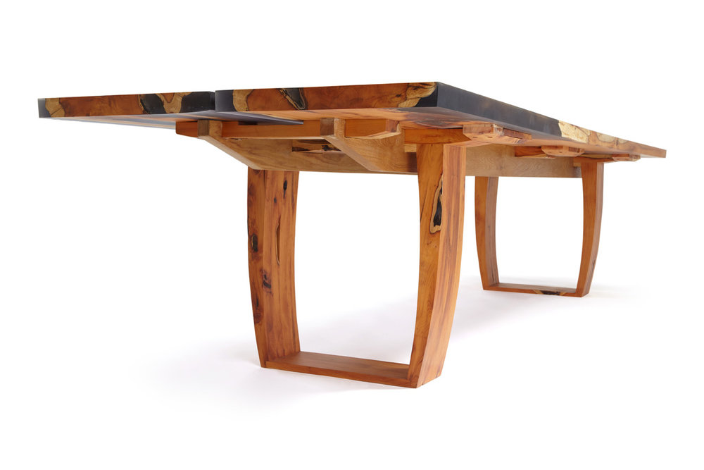 21_Yew-and-resin-dining-conference-table_2.jpg